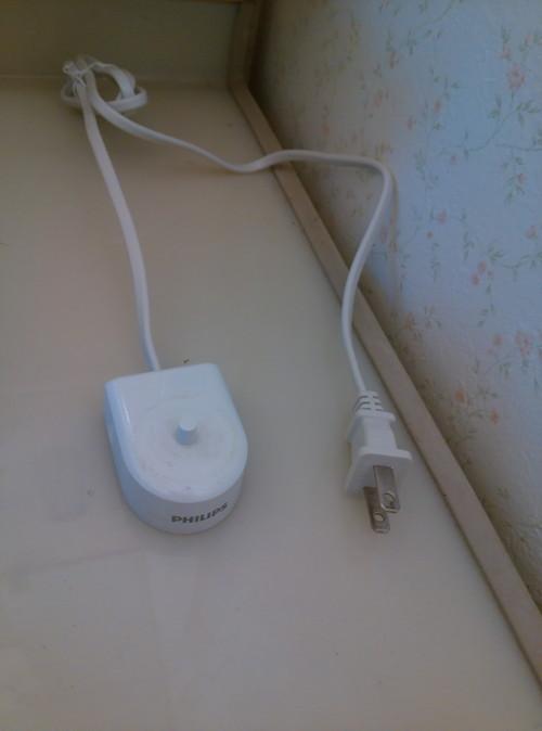 ソニッケアの充電台はコンセントからはずしておくこと