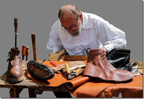shoemaker-845229_960_720